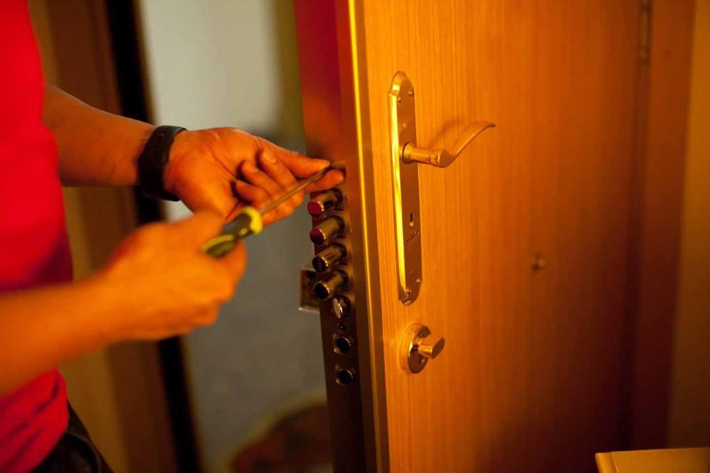 cerraduras2 - Cambiar Cerradura Madrid Abrir Cerradura Madrid